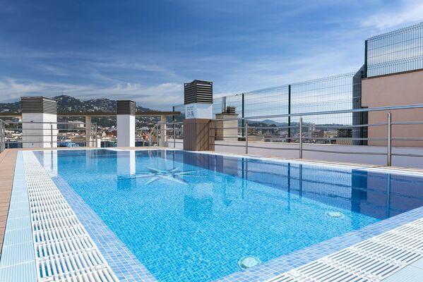 Holidays at Blau Apartments in Lloret de Mar, Costa Brava