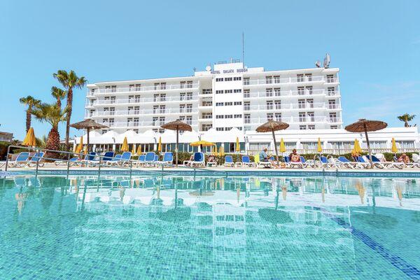 Holidays at Globales Cala'n Bosch in Cala'n Bosch, Menorca