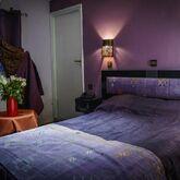 Islane Hotel Picture 3