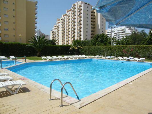 Holidays at Castelos da Rocha Apartments in Praia da Rocha, Algarve