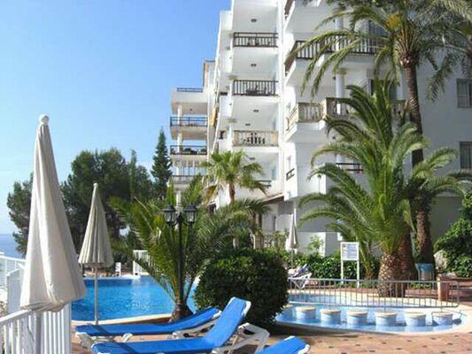 Holidays at Roc Illetas Bouganvilla Studio Apartments in Illetas, Majorca