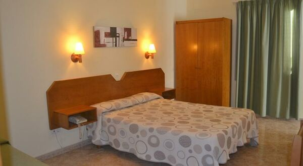 Holidays at Alfonso III Hotel in Ciutadella, Menorca
