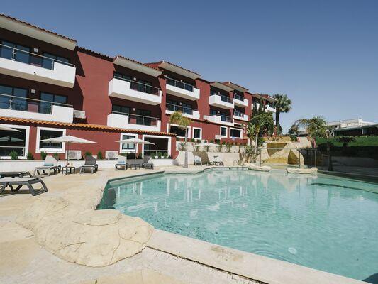 Holidays at Topazio Mar Beach Hotel & Apartments in Albufeira, Algarve