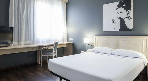 Holidays at Ilunion Bel Art Hotel in Sagrada Familia, Barcelona