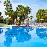 Tropical Park Apartments Picture 12