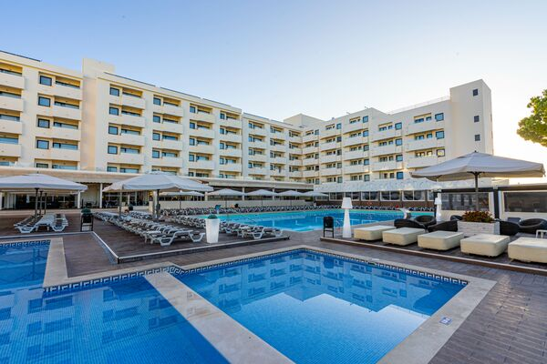 Holidays at Albufeira Sol Suite Hotel and Spa in Albufeira, Algarve