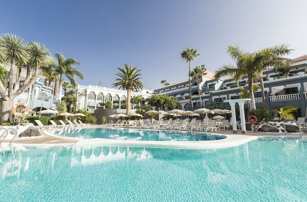 Holidays at Colon Guanahani Hotel in Fanabe, Costa Adeje