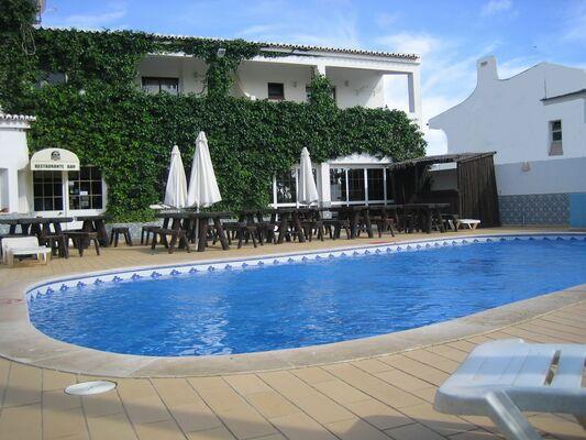 Holidays at Torre Velha Hotel in Gale, Algarve