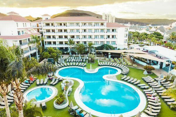 Holidays at Parque La Paz Aparthotel in Playa de las Americas, Tenerife