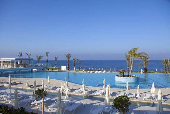 Holidays at King Evelthon Hotel in Chloraka, Cyprus