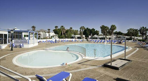 Holidays at Hyde Park Lane Bungalow Complex in Puerto del Carmen, Lanzarote
