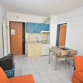 Golden Orange Apartments Picture 12