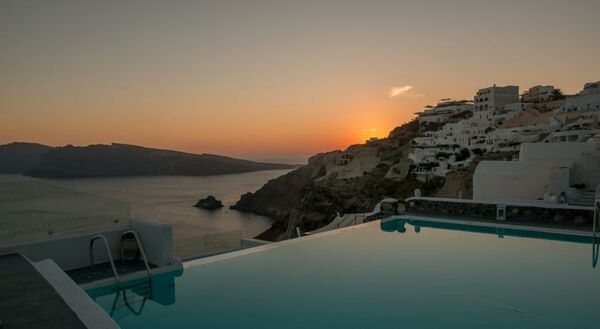Holidays at La Perla Villas in Oia, Santorini