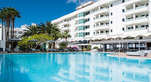 Holidays at Axelbeach Maspalomas Apartments in Playa del Ingles, Gran Canaria