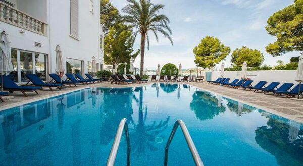 Holidays at Illa Dor Club Apartments in Puerto de Pollensa, Majorca