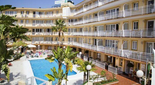 Holidays at Ecuador Park Apartments in Torremolinos, Costa del Sol