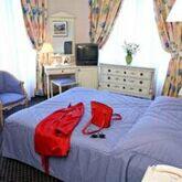 Carlton's Hotel Picture 3