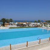 Risus Beach Resort Picture 2