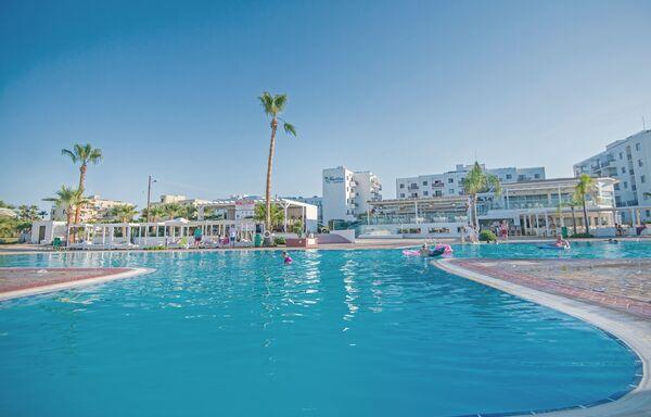 Holidays at Tsokkos Marlita Hotel & Apartments in Protaras, Cyprus