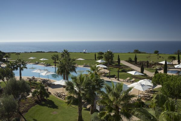 Holidays at Cascade Wellness and Lifestyle Resort in Lagos, Algarve