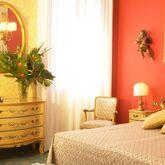 Amadeus Hotel Picture 2