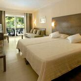 Beach Club Font De Sa Cala Hotel Picture 5