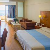 Lutania Beach Hotel Picture 4