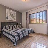 Paloma Beach Apartments Picture 8