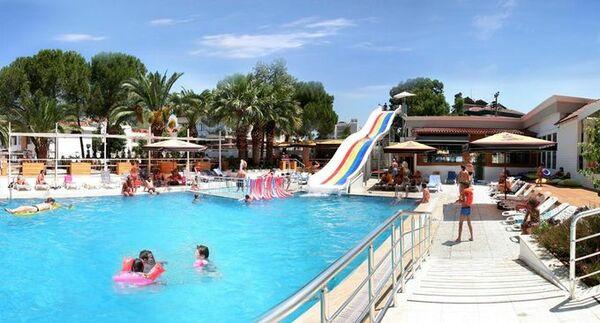 Holidays at Club Munamar Beach Resort in Icmeler, Dalaman Region