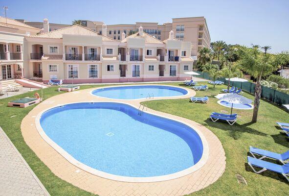 Holidays at Aqua Mar Apartments in Olhos de Agua, Albufeira
