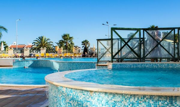 Holidays at Grand Muthu Forte do Vale in Albufeira, Algarve