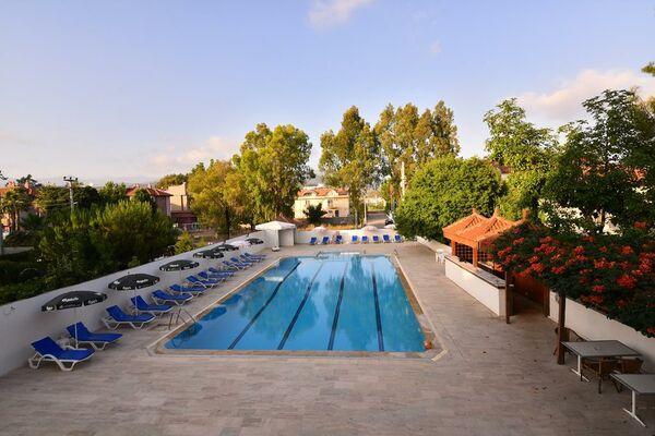 Holidays at Rosary Beach Hotel in Calis Beach, Dalaman Region