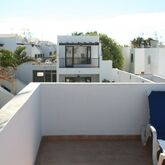 Las Lilas Apartments Picture 8