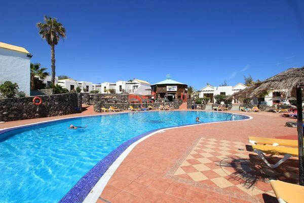 Holidays at Fuerteventura Beach Club Bungalows in Caleta De Fuste, Fuerteventura