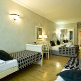 Salles Pere IV Hotel Picture 7