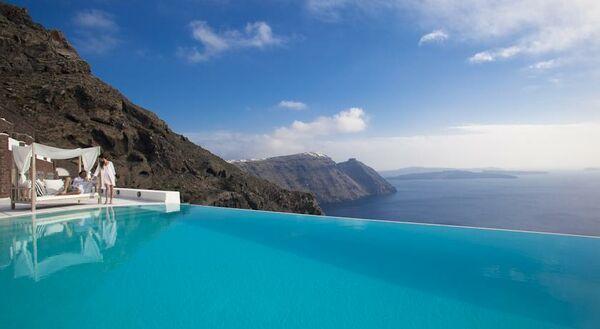 Holidays at San Antonio Luxury Hotel in Imerovigli, Santorini