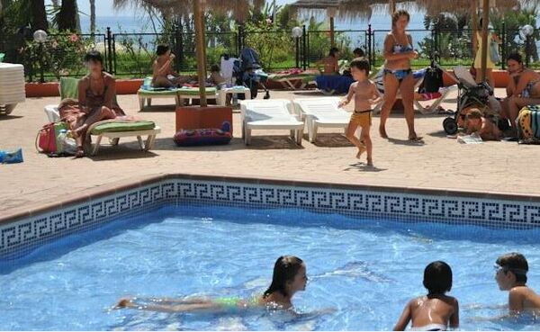 Holidays at Chinasol Apal Apartments in Almunecar, Costa del Sol