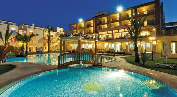 Holidays at Selini Suites Hotel in Rapaniana, Kolymbari