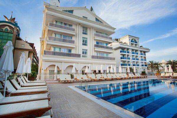 Holidays at Dream World Resort in Side, Antalya Region