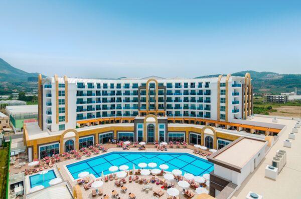 Holidays at Lumos Deluxe Resort Hotel & Spa in Kargicak, Alanya