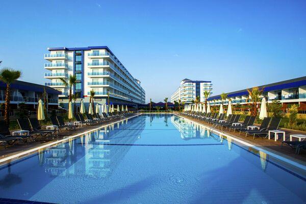 Holidays at Eftalia Marin Hotel in Turkler, Konakli