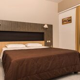 Zoes Hotel Picture 4