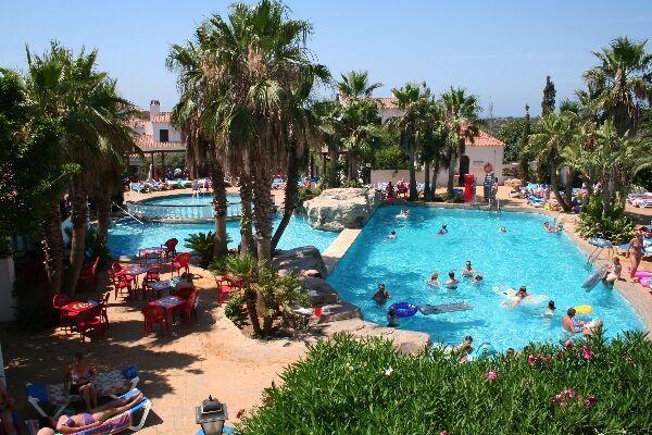 Holidays at Siesta Mar Apartments in Cala'n Porter, Menorca
