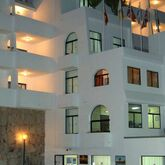 Tamanaco Apartments Picture 8