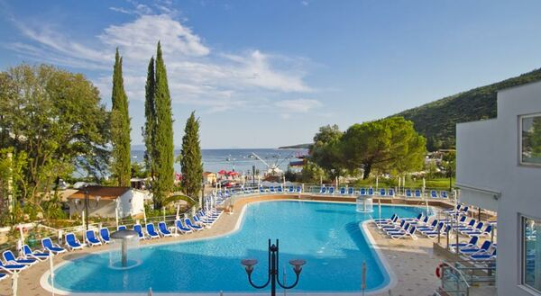 Holidays at Mimoza Hotel in Rabac, Croatia
