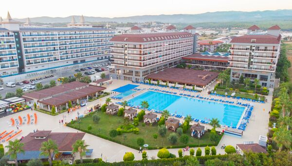 Holidays at Eftalia Aqua Resort Hotel in Turkler, Konakli