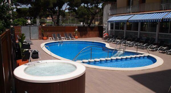 Holidays at Stella Maris Hotel in Blanes, Costa Brava