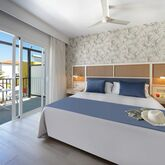 Broncemar Beach Aparthotel Picture 9