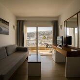 Altair Apartments Picture 15