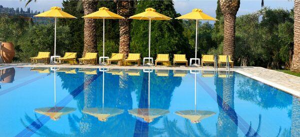 Holidays at Paradise Hotel in Gouvia, Corfu